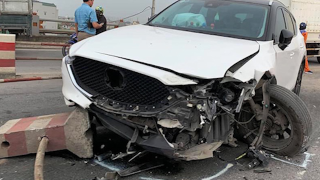Tai nạn trên cầu Thanh Trì, đường vành đai 3 ùn tắc gần 10 km